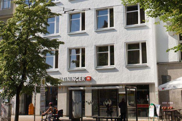 khách sạn MEININGER Hotel Berlin Mitte