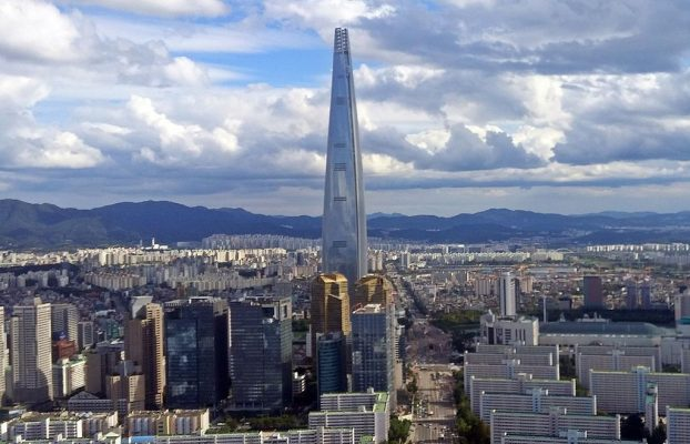 Toa Tháp Lotte World Tower