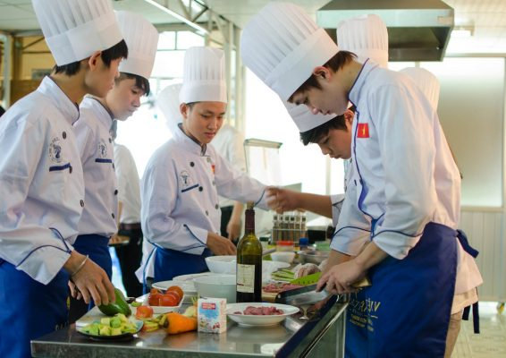 Các ngành nghề chế biến món ăn